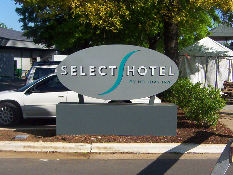 Select Hotel